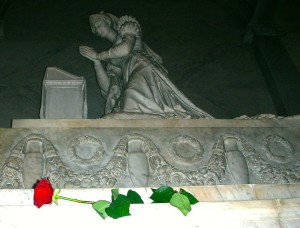 Josephine's tomb, with rose, fixed