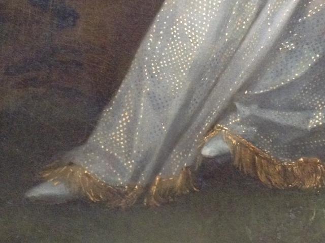 Louvre shoe detail